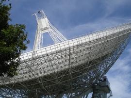 Señales de radio de millones de años luz llegan a la tierra