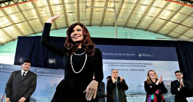 Cristina participo de la firma de convenios para obras cloacales, viales y sanitarias en Río Gallegos