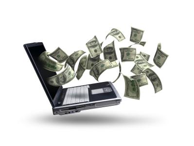 Los bancos ya venden dólares por internet
