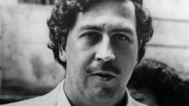 La ex amante vinculó a Pablo Escobar con la muerte del hijo de Menem