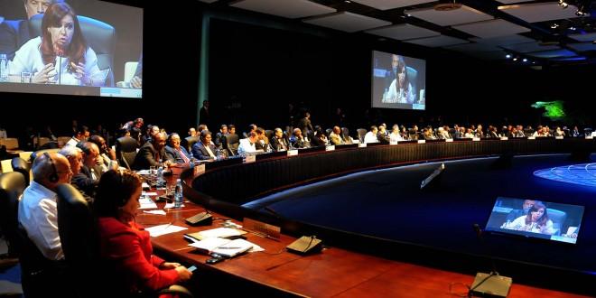 Celac y Mercosur declararon su respaldo y apoyo frente a los fondos buitres