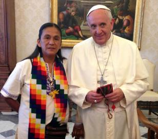 El Papa recibió a Milagro Sala y a referentes de los pueblos originarios