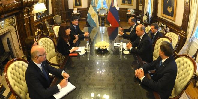 Acuerdos en comunicación, nuclear y judicial con Rusia