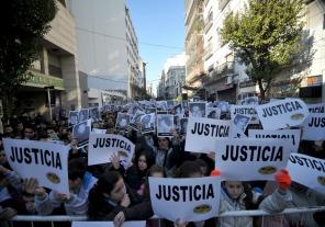 """AMIA: """"Imborrable en la memoria de los argentinos"""""""