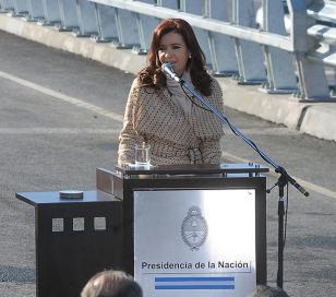 Cristina inauguró un cuarto carril en la avenida General Paz