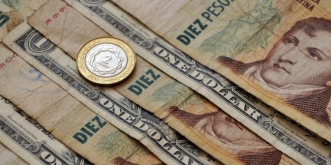 El dólar libre subió 10 centavos a $12.10