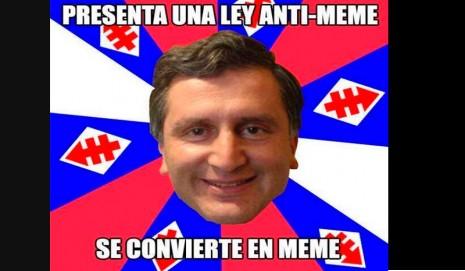 """Chile : Polémica ley podría llevar a la cárcel a quienes hagan """"memes"""""""