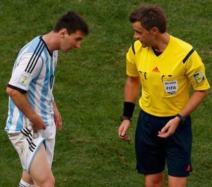 El árbitro italiano Nicola Rizzoli  dirigirá la final de la copa del Mundo