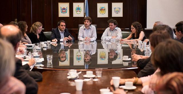 Costa recibió propuestas de Asociaciones de Defensa del Consumidor de todo el país