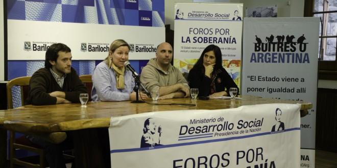 Debate sobre la deuda externa y fondos buitres en Bariloche
