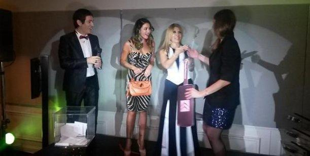 Jésica Cirio se fue, Débora Bello no estaba y Karina Jelinek ganó la camioneta