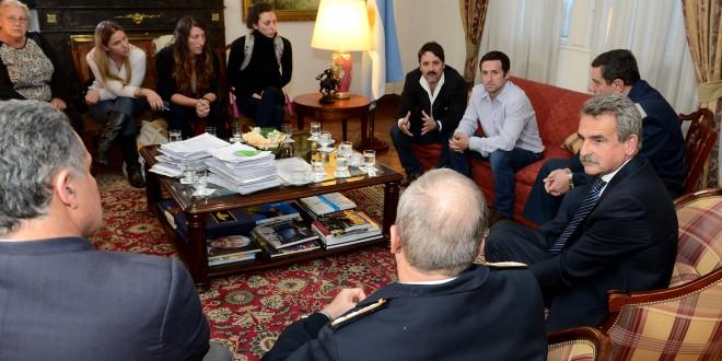 Rossi recibió a los familiares de los argentinos perdidos a bordo del velero Tunante II