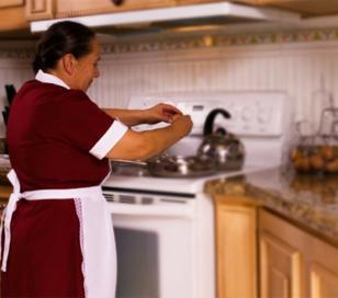 Personal de casas: mismos derechos que empleados en relación de dependencia