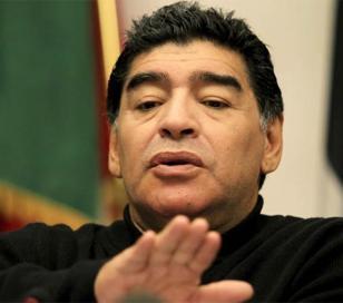 """Diego Maradona: """"Me robaron 20 millones de dólares"""""""