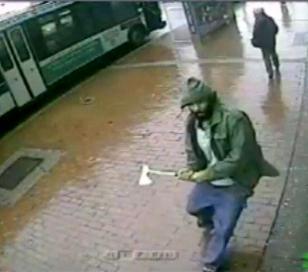 Fanático de ISIS atacó con un hacha a policías en EE.UU.
