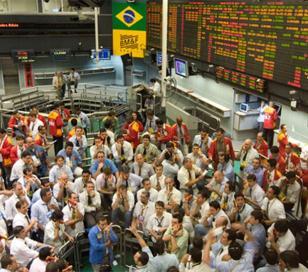 Tras la victoria de Dilma Rousseff, cae la bolsa y se devalúa el real
