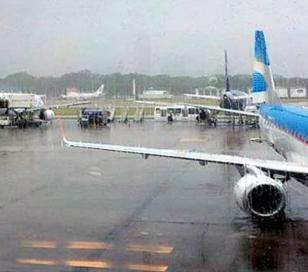 Ezeiza y Aeroparque con gran número de vuelos cancelados