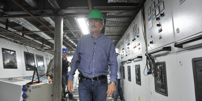 Obras de modernización del rompehielos Almirante Irizar