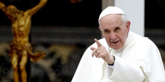 """La confesión del papa Francisco: """"Me están despellejando"""""""