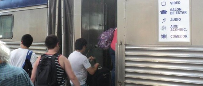 Vacaciones 2014 económicas: Viaja en tren, tarifas, destinos y horarios