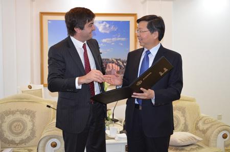 Agricultura busca exportar productos con valor agregado a China y Francia