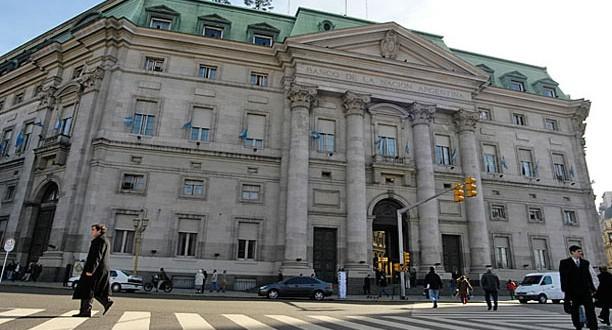 Los holdouts buscan que se declare en desacato al Banco Nación y al BCRA en los EEUU