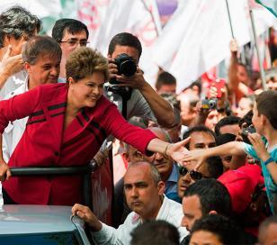 Elecciones en Brasil: Los planes sociales, un arma clave para Dilma Rousseff