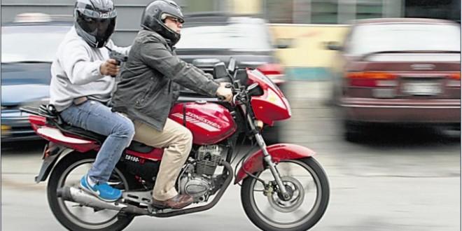"""150 robos por día, más de seis por hora, son efectuados por """"motochorros"""""""