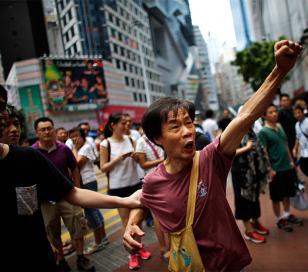 """Leung Chun-ying:""""No habrá elecciones porque eso dará poder a los pobres"""""""