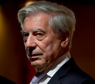 """Vargas Llosa: """"desgobierno ha conducido a Argentina a la caída libre"""""""