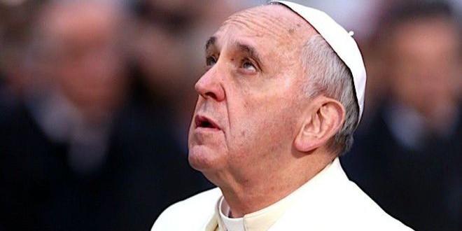 """El papa Francisco condenó el """"terrorismo de dimensiones inimaginables"""" del Estado Islámico"""