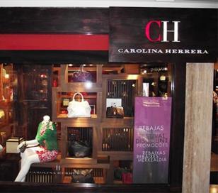 Carolina Herrera se va de Argentina debido a las restricciones a las importaciones