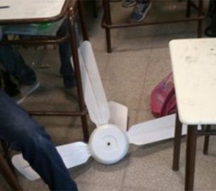 Cae un ventilador de techo en una escuela: 2 heridos