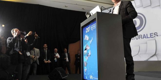 Kicillof afirmó que la industria creció este año el 1,4%, desagregando al sector automotriz