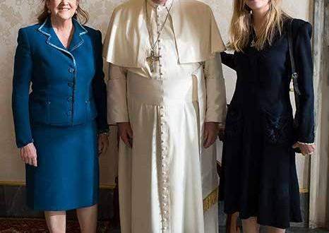 El Papa Francisco recibió en audiencia privada a la embajadora Alicia Castro