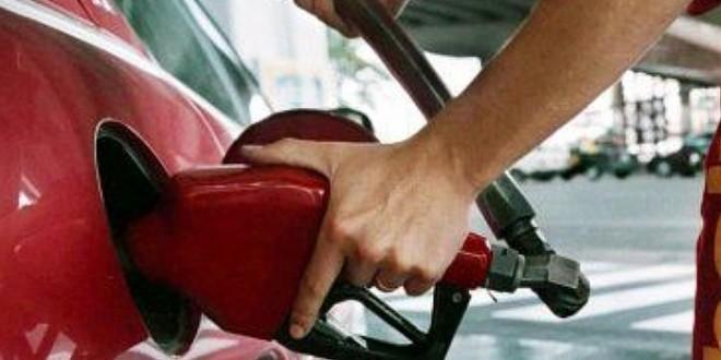 Baja un 5% el precio de todas las naftas