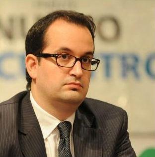 Crsitina Kirchner propone a Roberto Carlés como juez de la Corte Suprema