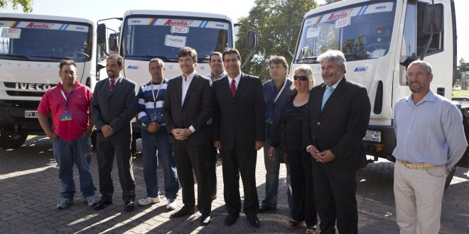 Entregan camiones para el tratamiento de residuos sólidos urbanos