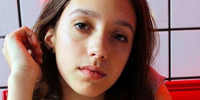 Despiden los restos de Lola Chomnalez