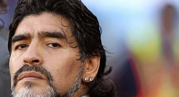 Piden procesar a Maradona por una deuda de 40 millones de euros