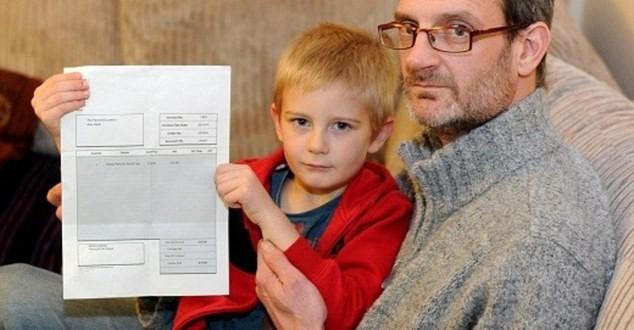 Niño de 5 años recibe factura por 20 euros por no asistir a cumpleaños