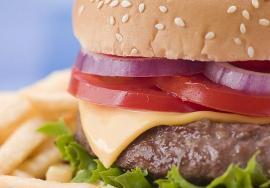 Alimentos engordan más que una hamburguesa
