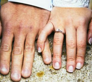 El tamaño de los dedos delata a los infieles
