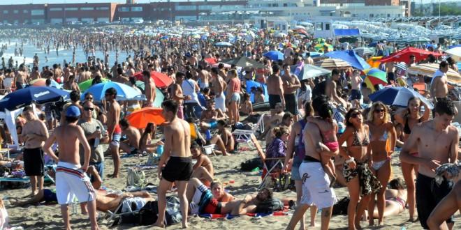 El fin de semana largo de carnavales movilizó a 2 millones de turistas, con un gasto estimado en $3.800 millones