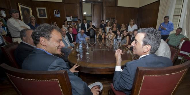 """Florencio Randazzo: """"Estamos haciendo realidad la electrificación del Roca"""""""