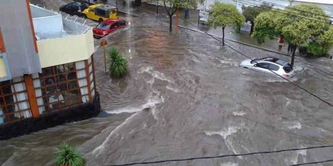 El Ejército asiste a afectados por el temporal en Córdoba