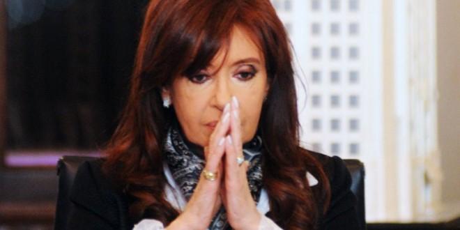 El fiscal  imputó a la presidente Cristina Kirchner y al canciller Héctor Timerman por el supuesto encubrimiento de la investigación del atentado a la AMIA