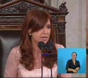 """Cristina: """"Han pasado 21 años y no tenemos ni un solo condenado o preso por la AMIA"""""""