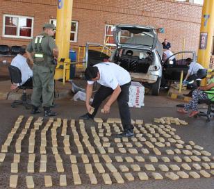 AFIP incautó más de 4 kilos de cocaína y 102 de marihuana