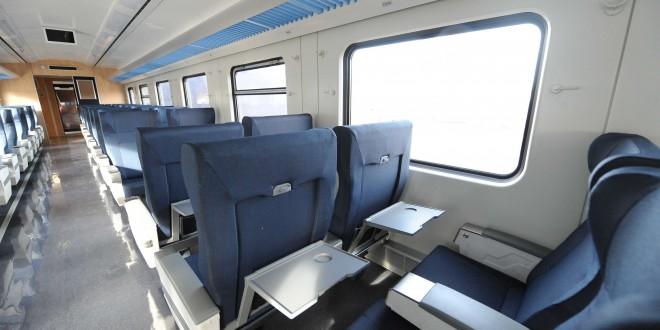 Randazzo, Alicia Kirchner y Meyer asistieron a la partida del primer tren cero kilómetro en Constitución
